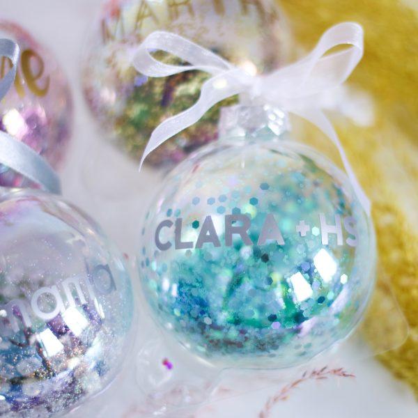 Gepersonaliseerde kerstbal met naam, unieke kerstbal, kerstbal handgemaakt, gepersonaliseerd cadeau, kerstcadeau