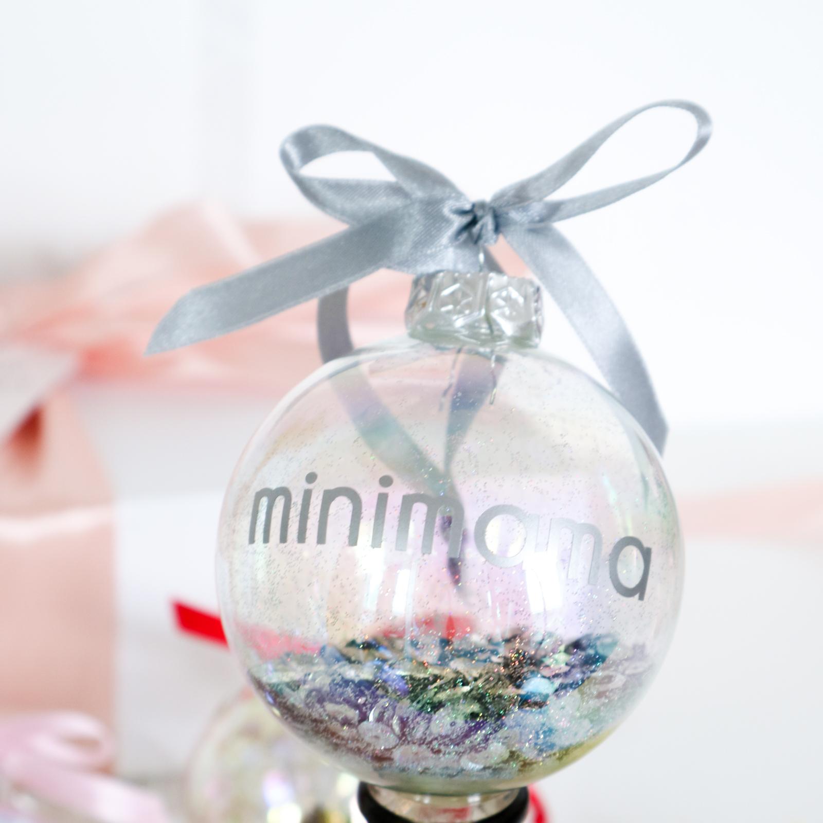Gepersonaliseerde kerstbal met naam - ZILVER