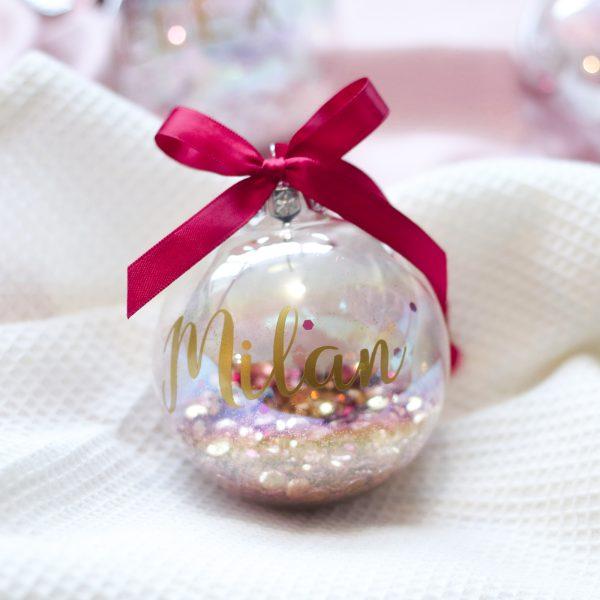 kerstbal met naam, gepersonaliseerde kerstbal, kerstbal bedrukken, kraamcadeau met naam