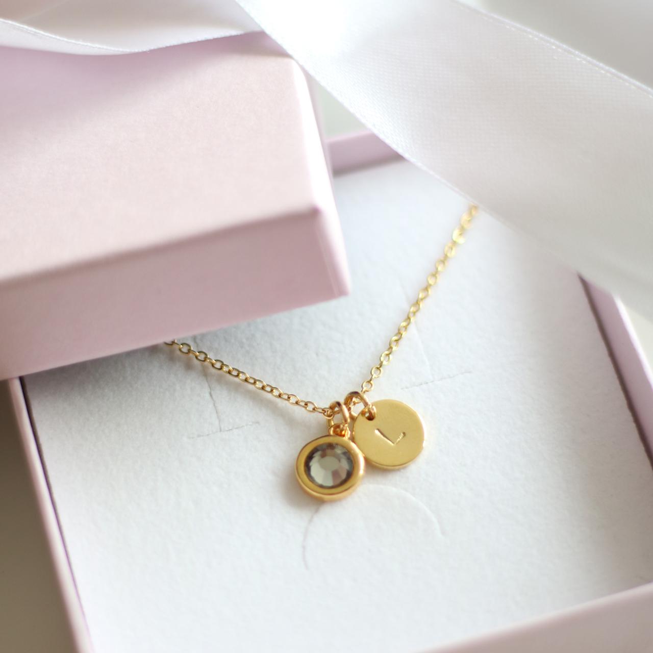 Ketting met letter en Swarovski steen - goudkleurig